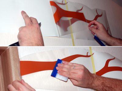 Jak nalepit samolepku na zeď